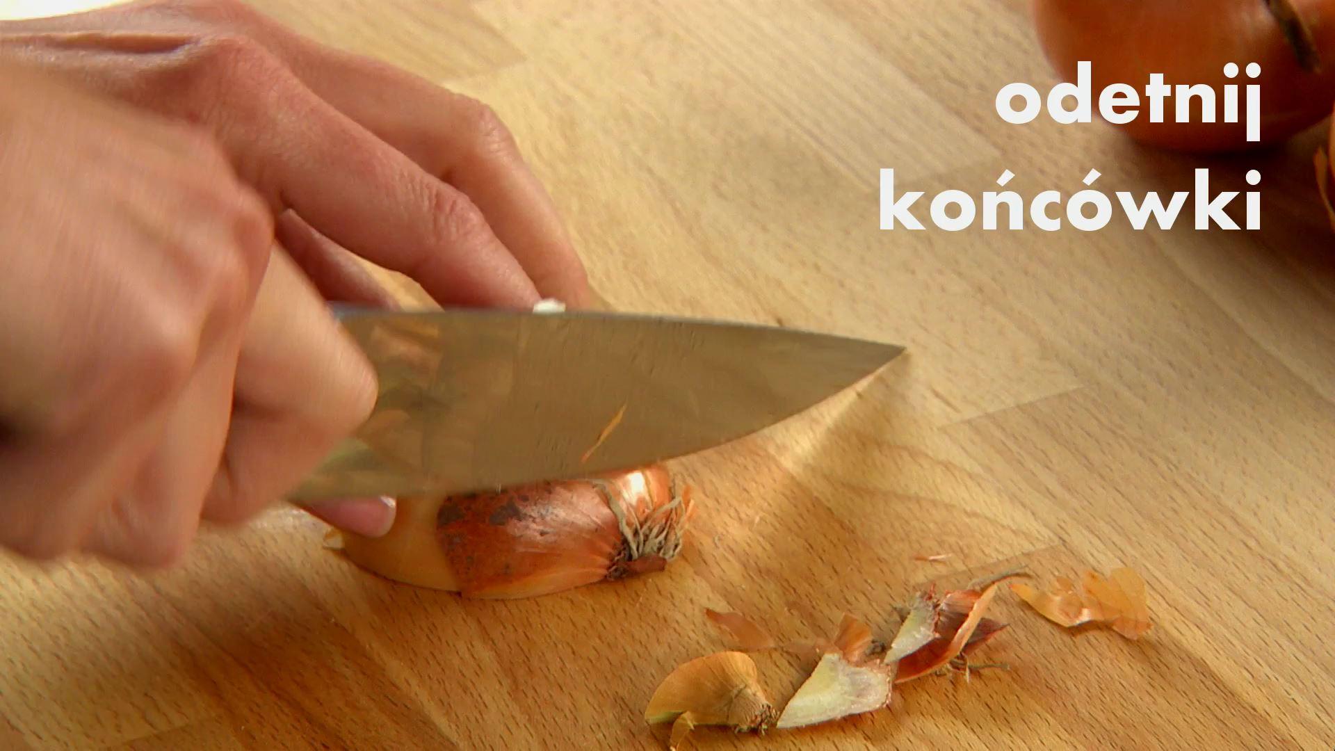 Jak pokroić cebulę w piórka