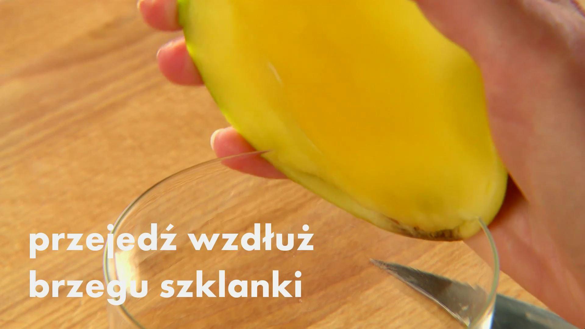 Jak pokroić mango za pomocą szklanki