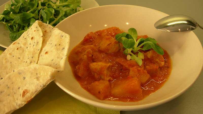 Curry z kurczakiem i ananasem