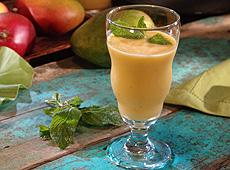 Orzeźwiający napój z mango