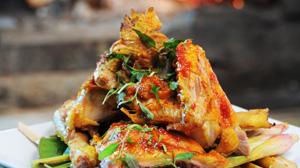 Kurczak gotowany w glinianym garnku