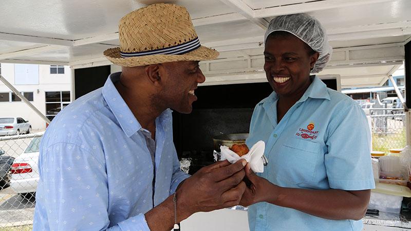 Ainsley rozgryza światowy street food